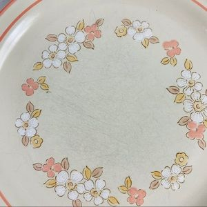 Vintage Dining - Chantilly Hand Decorated Stoneware Diner Plates